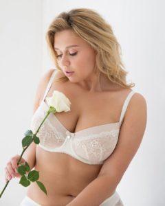 Анастасия Виноградова модель Плюс сайз