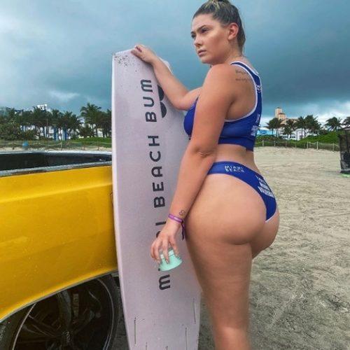 Эбби Кристи плюс сайз модель из Майами
