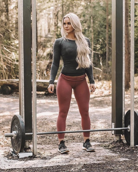 Anna Nystrom. Фитнес-модель