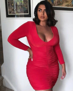 Модель плюс Ирена Дрези: новая мода на загорелое тело