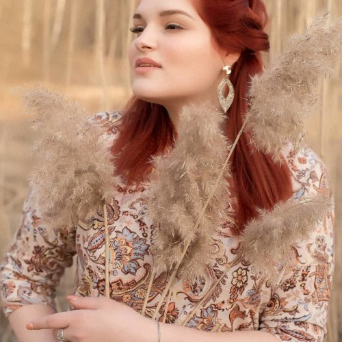 Модель плюс Ульяна Новикова: красота женской походки