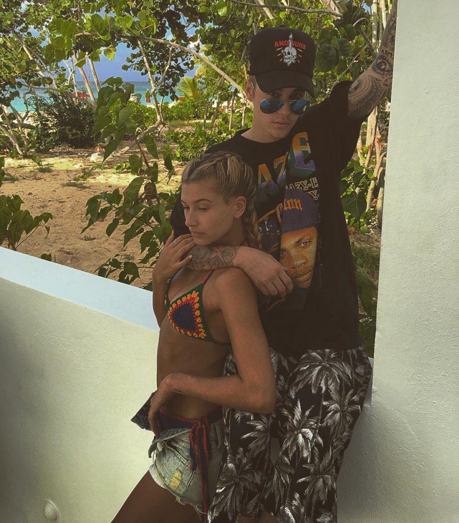 Хейли и Джастин отдыхают в Майами.