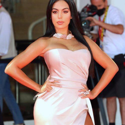 Модель Джорджина Родригес: биография, рост, вес, фото