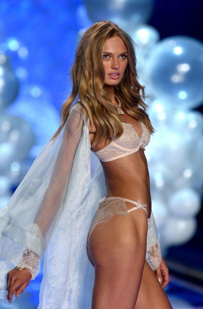 Модель Роми Стрейд в нижнем белье
