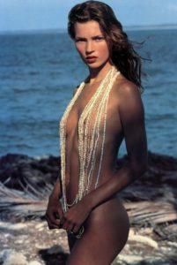 Календарь Пирелли: эротический стиль для избранных