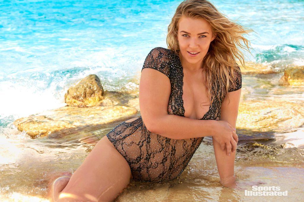 Кэйт Уэсли в купальнике. Фотомодель плюс сайз.