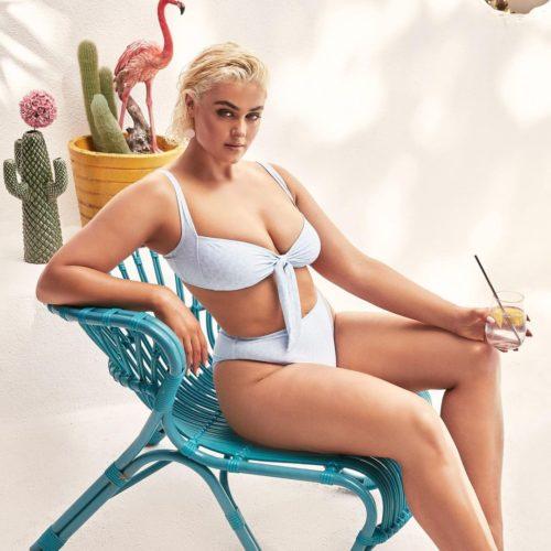 Модель плюс Стефания Феррарио: фото в стиле Full Stop