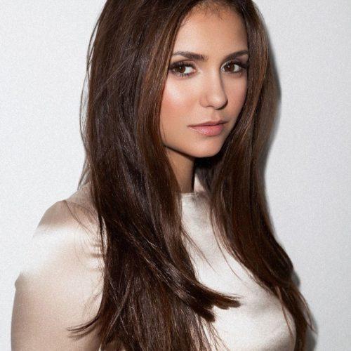Актриса телесериала «Дневники вампира» Нина Добрев