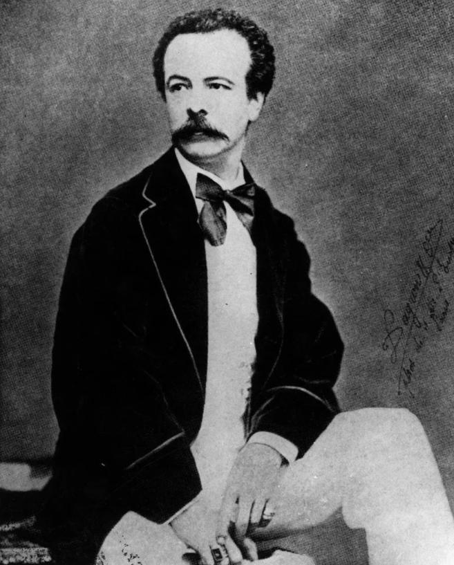 Чарльз Фредерик Уорт. Фото 19 века. Первый модельер.