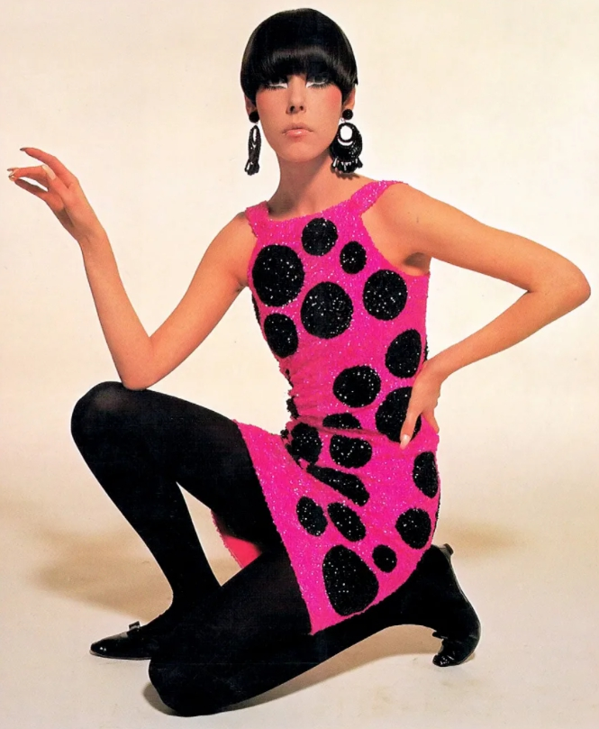Супермодели мира. Модель Пегги Моффит в молодости в розовом платье.