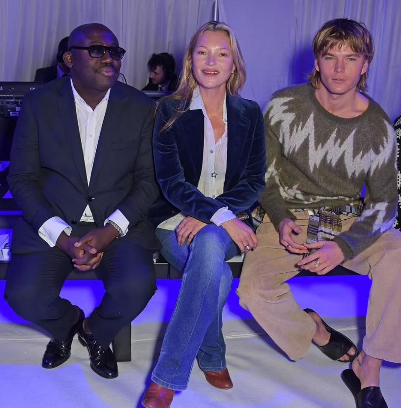 Кейт Мосс на лондонской недели моды 2021 года.