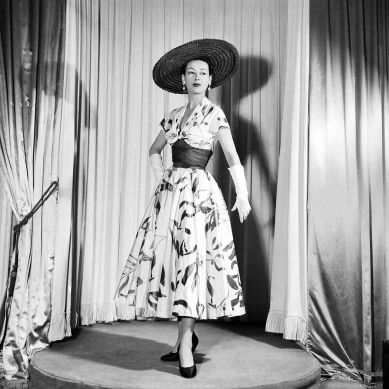 Стиль одежды jolie madame от Пьера Бальмена